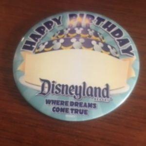 HAPPY BIRTHDAY Button Pin Disneyland Resort (18)